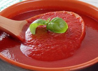 Jak przygotować domowy sos do pizzy?