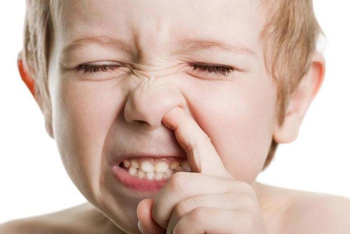 Ciało obce w uchu lub nosie