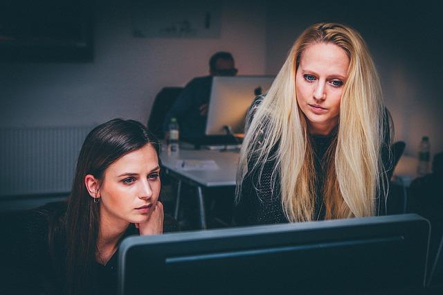 Krótka charakterystyka ogłoszeń o pracę