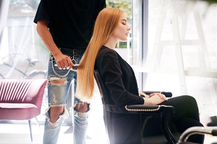 Szukasz dobrego fryzjera w Gdańsku? Sprawdź to, zanim zadzwonisz do przyjaciółki